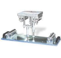 Dispozitiv pentru testarea tiparelor 100x100x400/500 si 150x150x600/750 mm